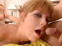 Deep-Throat mit Cumshot