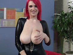 Titten Lider im Latex Dress gefickt